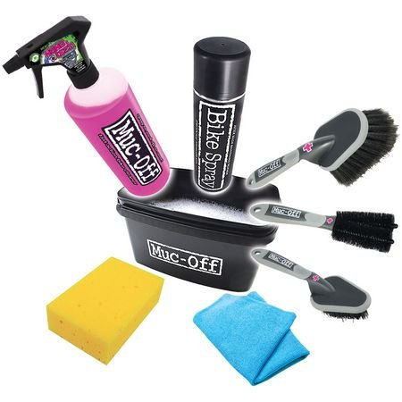 MUC-Off-8-piece-cleaning-set