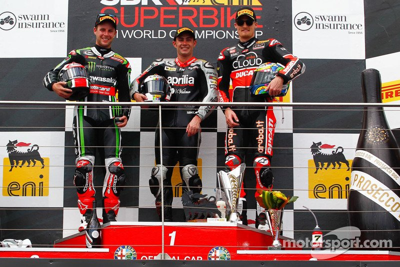Jonathan Rea, Leon Haslam and Chas Davies on the podium. Image from worldsbk.com