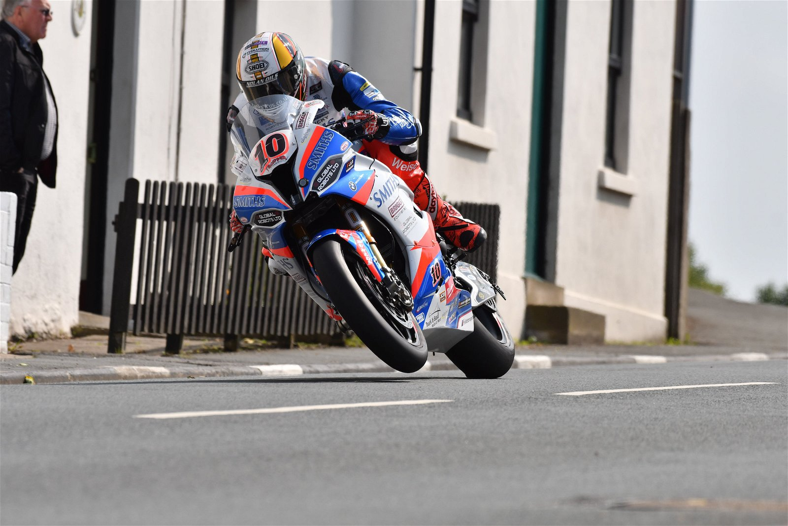 Peter Hickman TT 2019 credit Double Red Photography