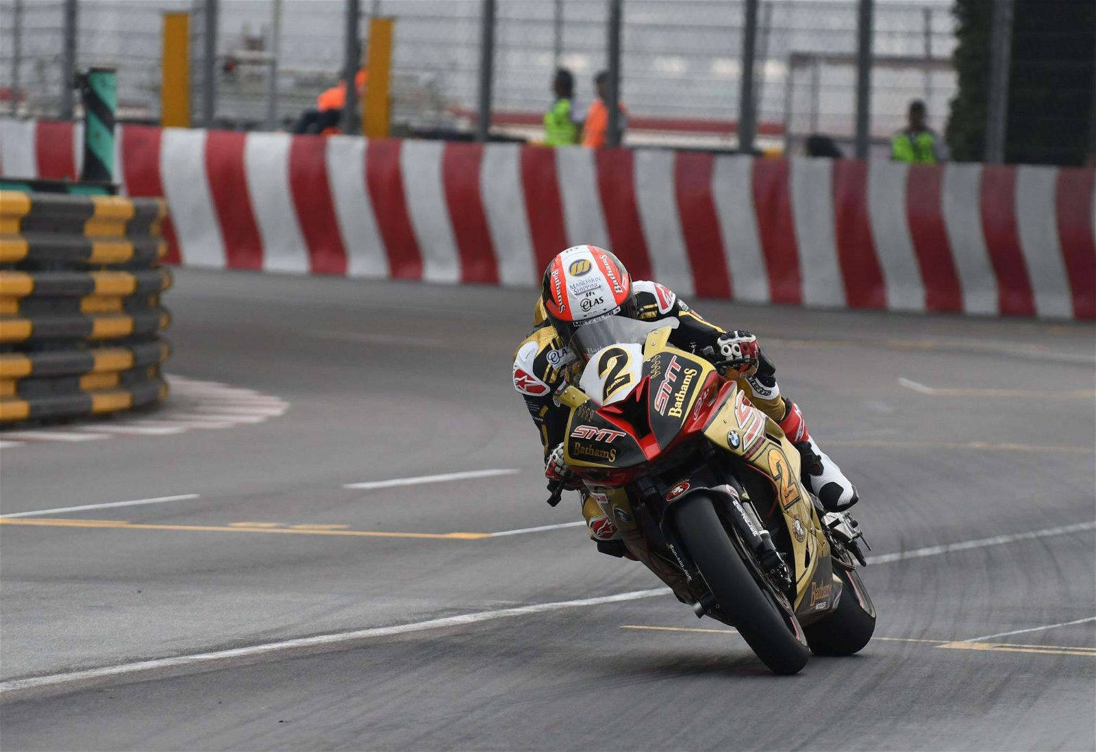 Rutter aims to get the better of Hickman credit Pacemaker Press International.