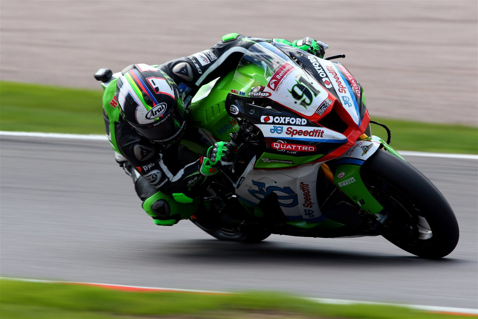 Leon Haslam is at the top of the table following Round Three credit Impact Images