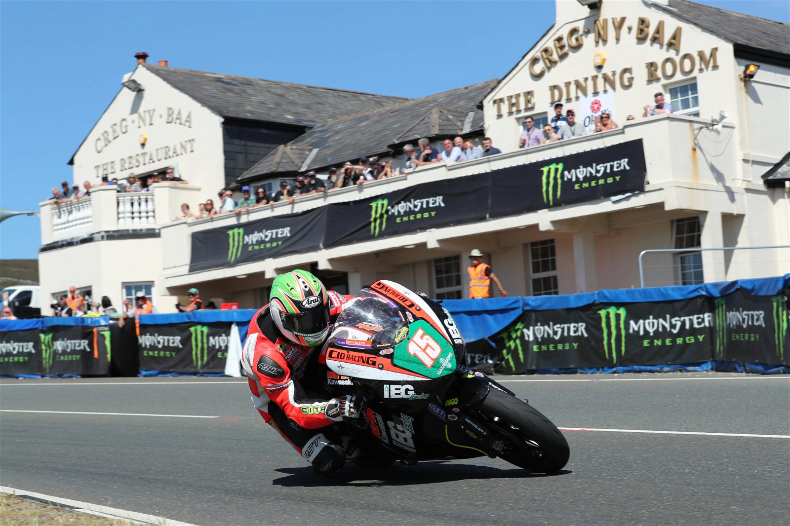 Derek McGee in action at the TT image credit Pacemaker Press International