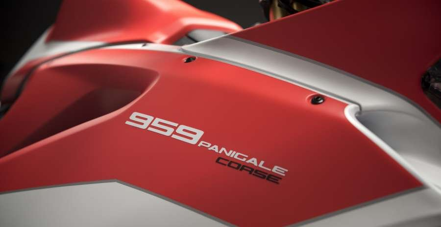 13 959 PANIGALE CORSE_UC30024_High
