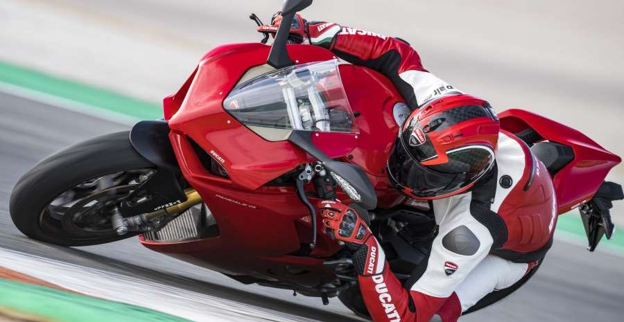 PANIGALE V4 ACTION 13